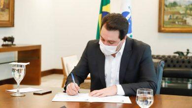 Foto de Com avanço da vacinação e queda nos indicadores, Paraná diminui restrições