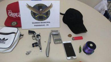 Foto de Homem é preso pela GM com simulacro de arma de fogo e drogas no Centro de Paranavaí