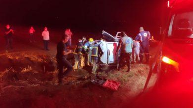 Foto de Homem fica ferido após tombar veículo na PR 082