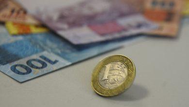 Foto de Orçamento de 2022 prevê salário mínimo de R$ 1.169